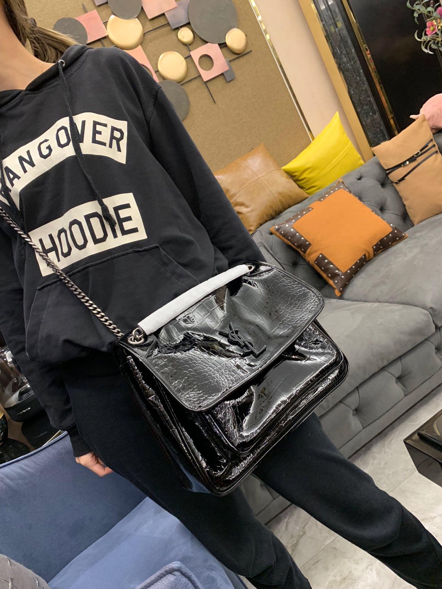 YSL聖羅蘭包包 NIKI 大號鱷魚紋黑色漆皮 單肩斜跨兩用鏈條包