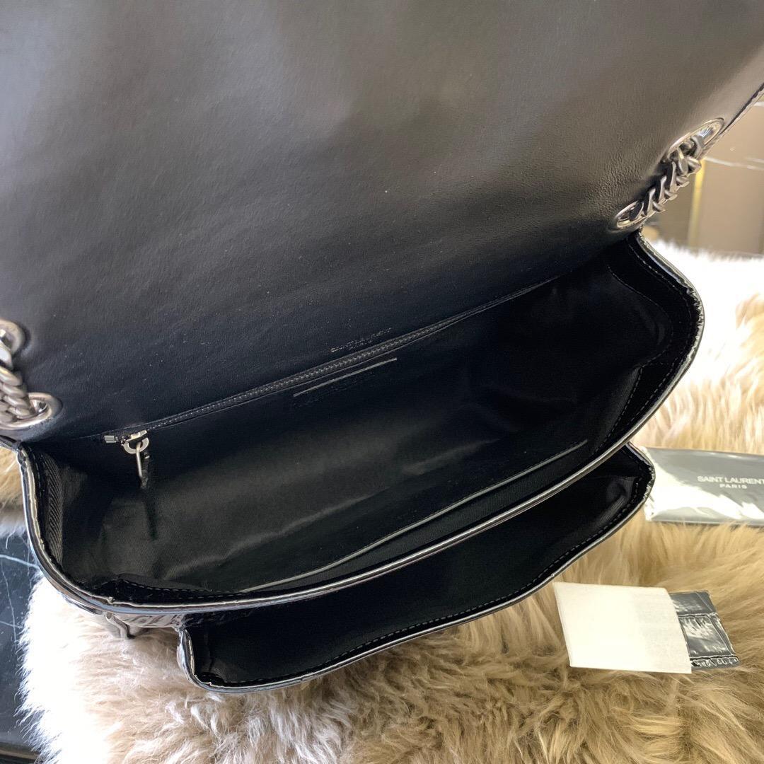 圣罗兰包包官網價格 YSL NIKI 中號鱷魚紋黑色漆皮 單肩斜跨兩用鏈條包