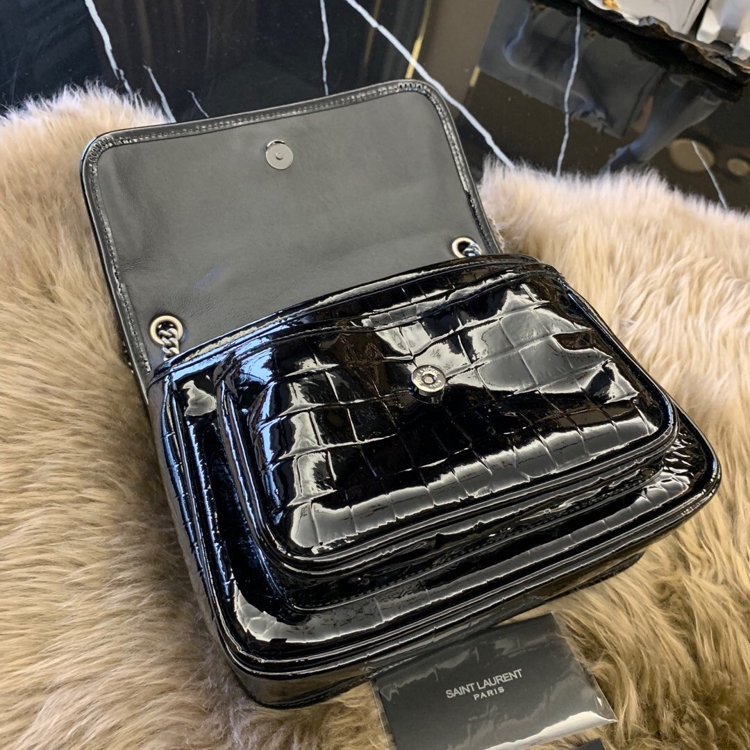 聖羅蘭官網 包包圖片 YSL NIKI 迷妳鱷魚紋黑色漆皮包 5489430XA0D1000