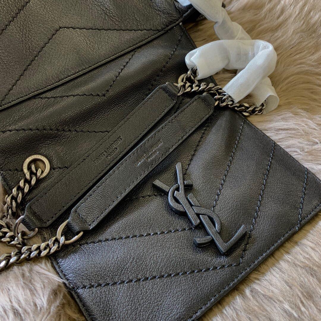 聖羅蘭香港官網女包 YSL包包 NOLITA 小號復古真皮包