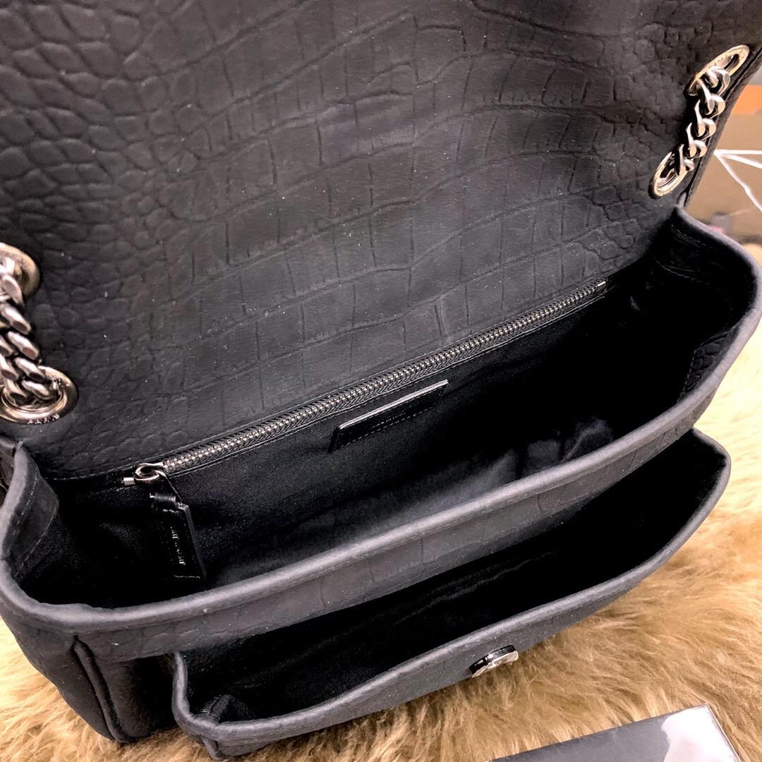 圣罗兰包包圖片價格官網 YSL NIKI 中號鱷魚紋壓花黑色麂皮鏈條包