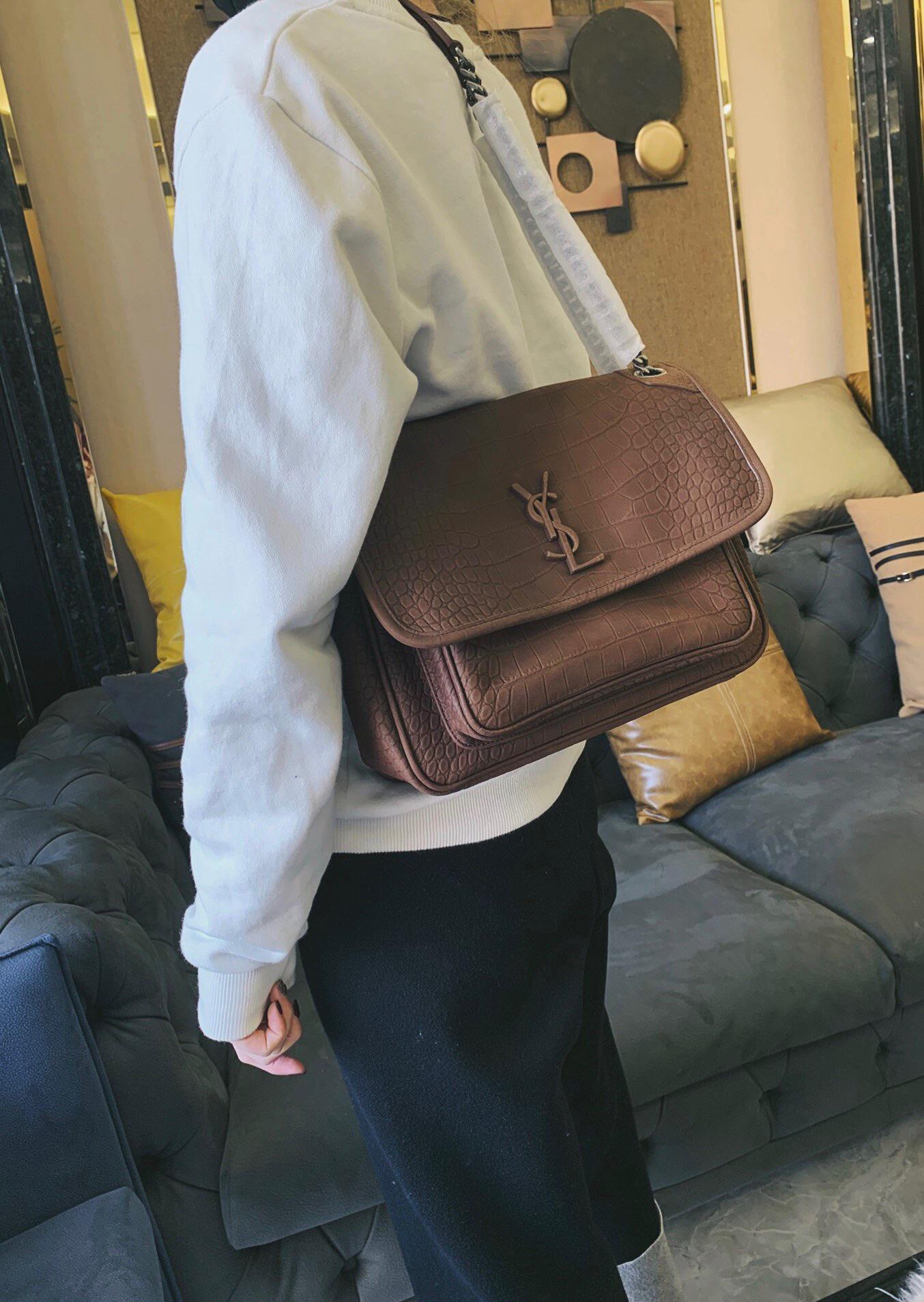 聖羅蘭 YSL NIKI 專櫃價格 中號鱷魚紋壓花棕色麂皮鏈條包
