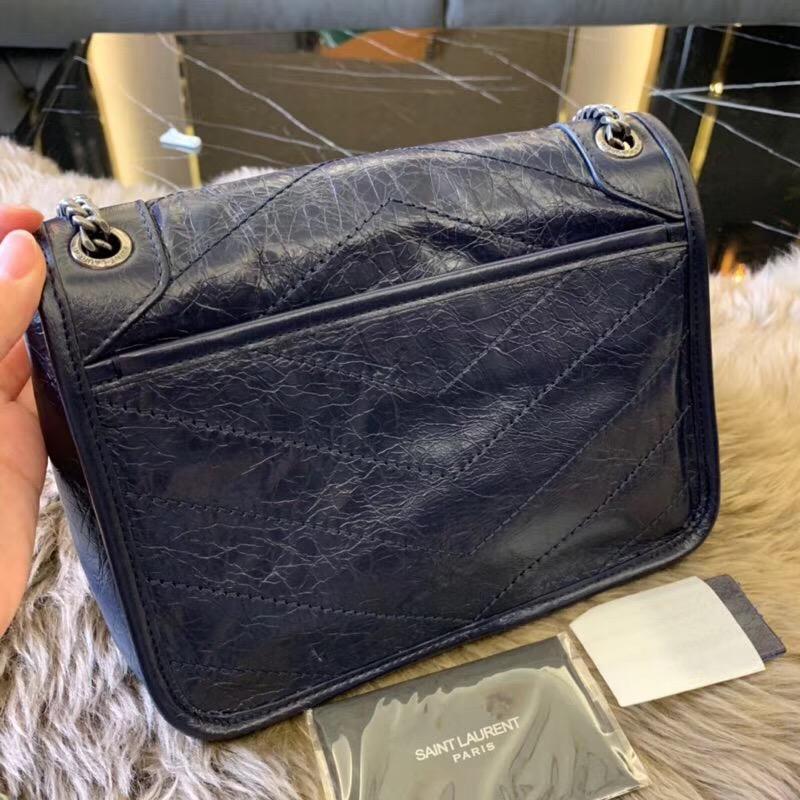 聖羅蘭官網 YSL包包 Baby Niki 藏蓝色小牛皮 褶皺絎縫真皮鏈條包