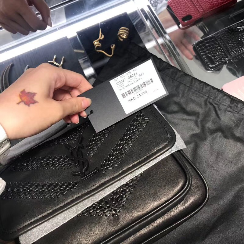 聖羅蘭包包臺灣官網 YSL Baby Niki 黑色编织配铆钉小牛皮縫真皮鏈條包