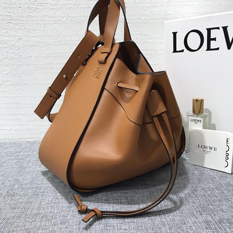 羅意威吊床包價格 loewe女包 Hammock Medium Bag 棕色