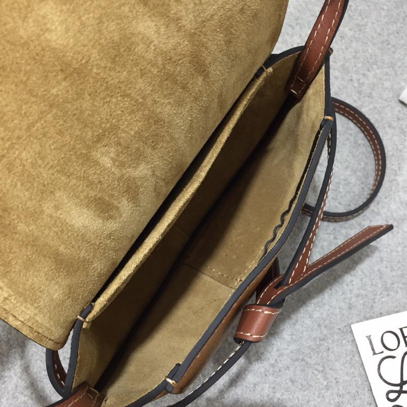 羅意威官網迷妳馬鞍包 loewe Mini Gate Bag Light Caramel/Pecan Color