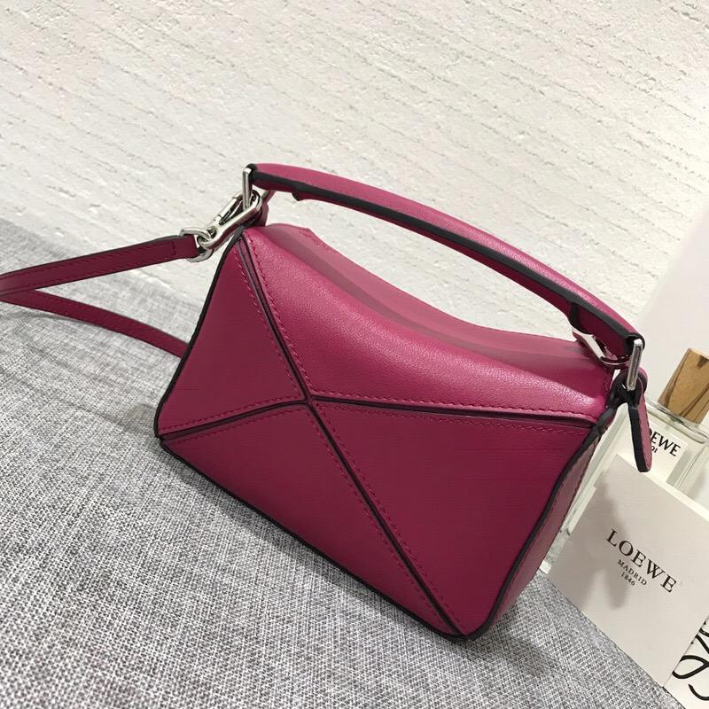 羅意威女包價格 LOEWE 迷妳款 Mini Puzzle Bag 紫紅色牛皮