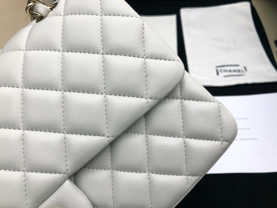 香奈兒包包 Classic Flap Bag 白色羊皮菱格鏈條經典口蓋包 淺金色金屬
