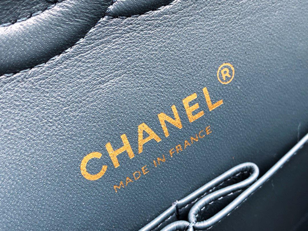 香奈兒女包 Classic Flap Bag 雾霾蓝羊皮菱格鏈條經典口蓋包 淺金色金屬