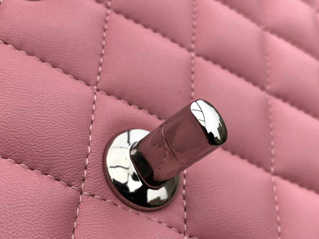 香奈兒女包 Classic Flap Bag 櫻花粉色羊皮菱格鏈條經典口蓋包 银色金屬