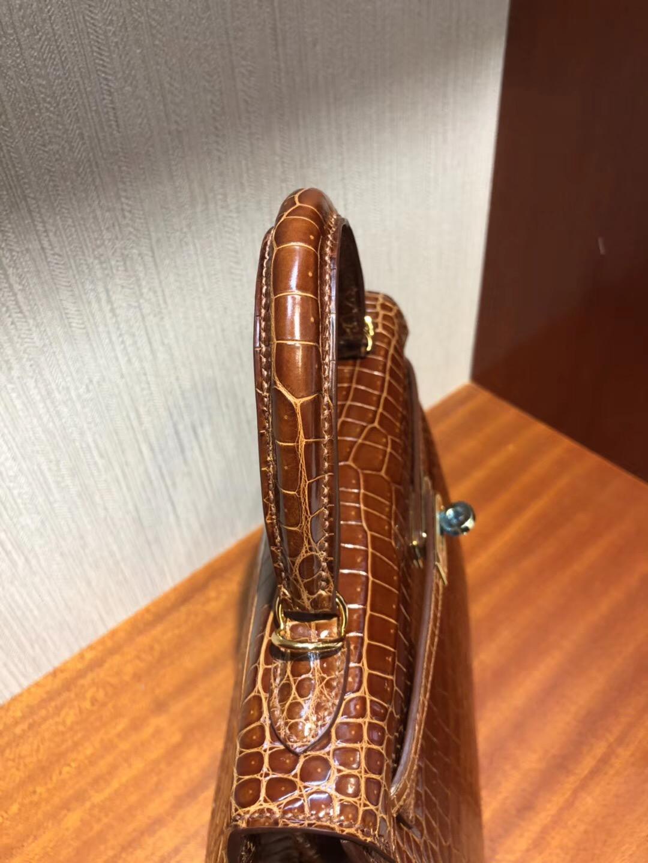 Singapore Hermes Kelly 25cm CC31蜜糖棕色 亮面倒V 灣鱷 金扣