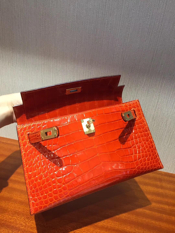Canada Hermes MiniKelly pochette  8V罌粟橙Orange Poppy 亮面方塊鱷魚 金扣