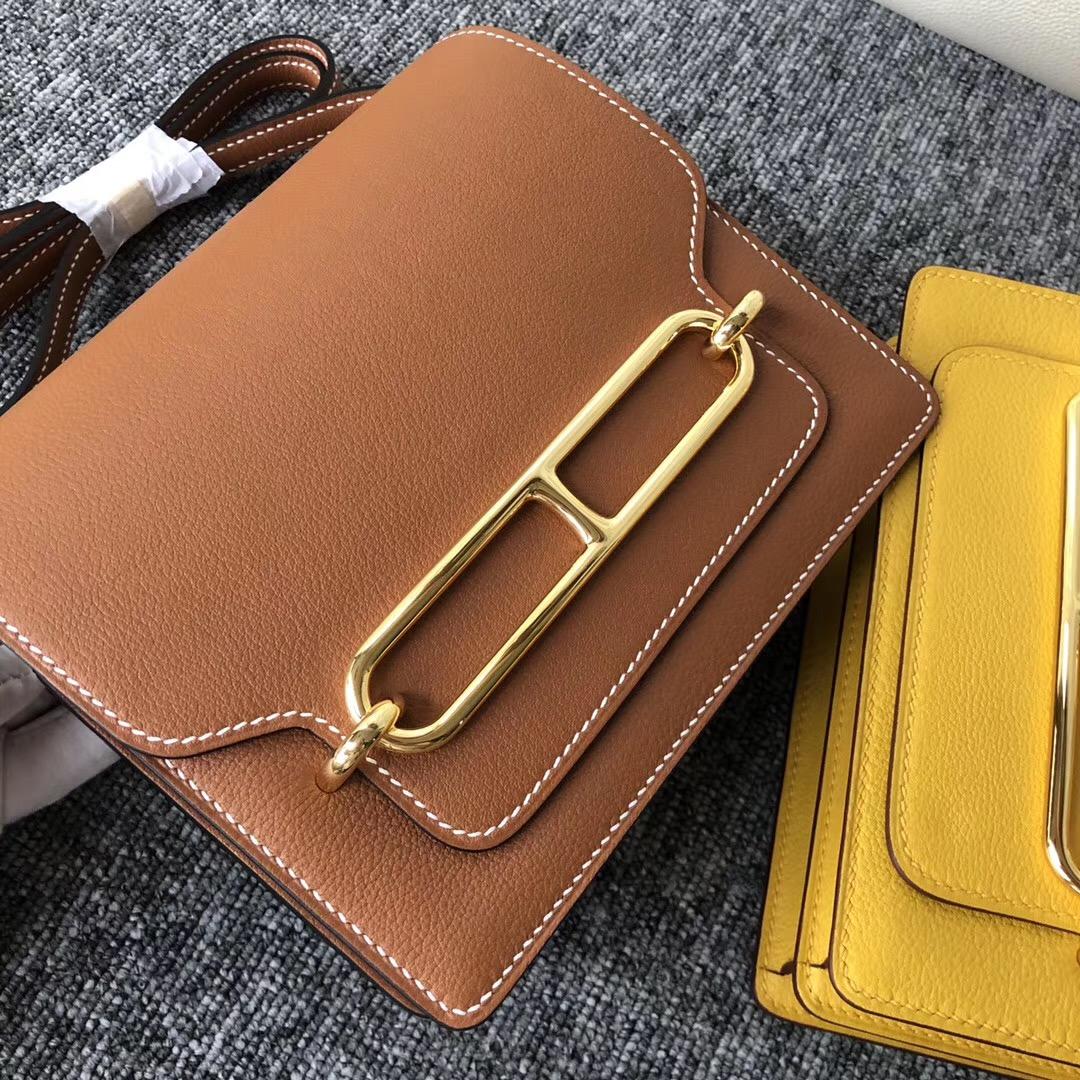 愛馬仕豬鼻子包包價格及圖片 Hermes Roulis 18cm CK37 Gold Everycolor