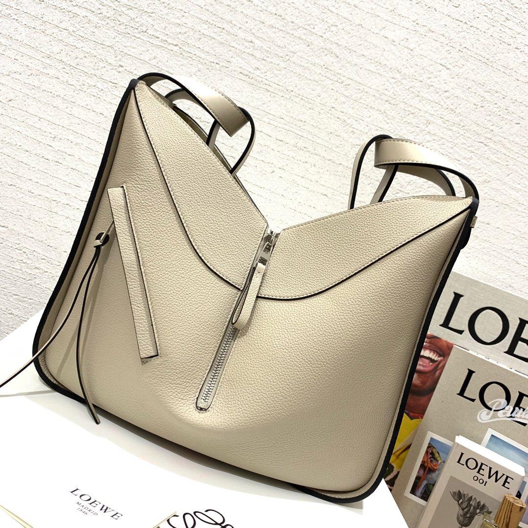 香港元朗區羅意威Loewe Hammock Drawstring Medium Bag Light Oat