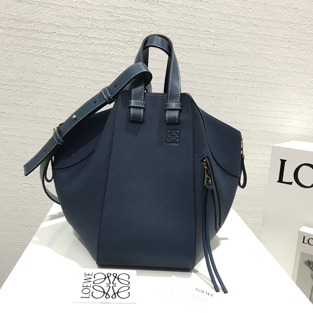 羅意威官網女包圖片 Loewe Hammock Small Bag Steel Blue