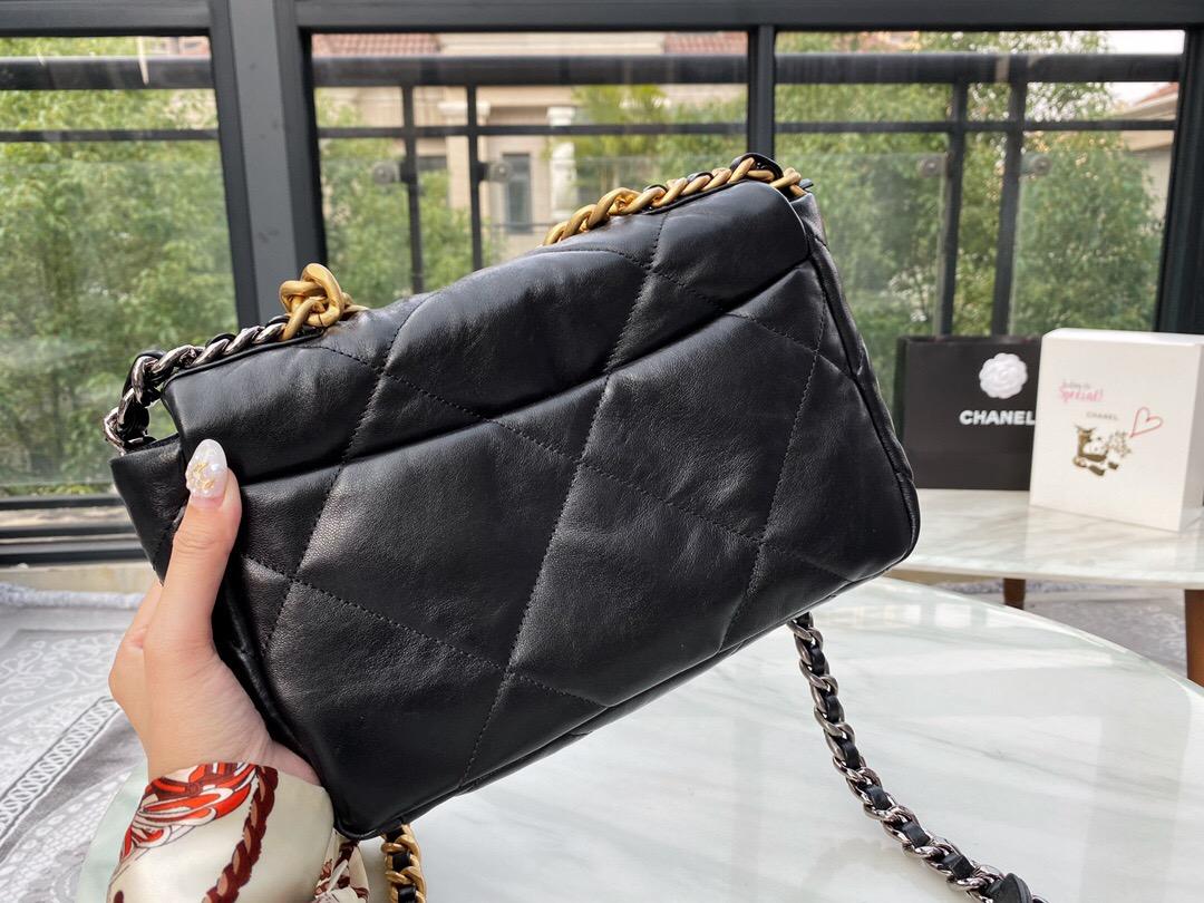 香港香奈兒19手袋包包圖片及價格 CHANEL 19小號口蓋包黑色