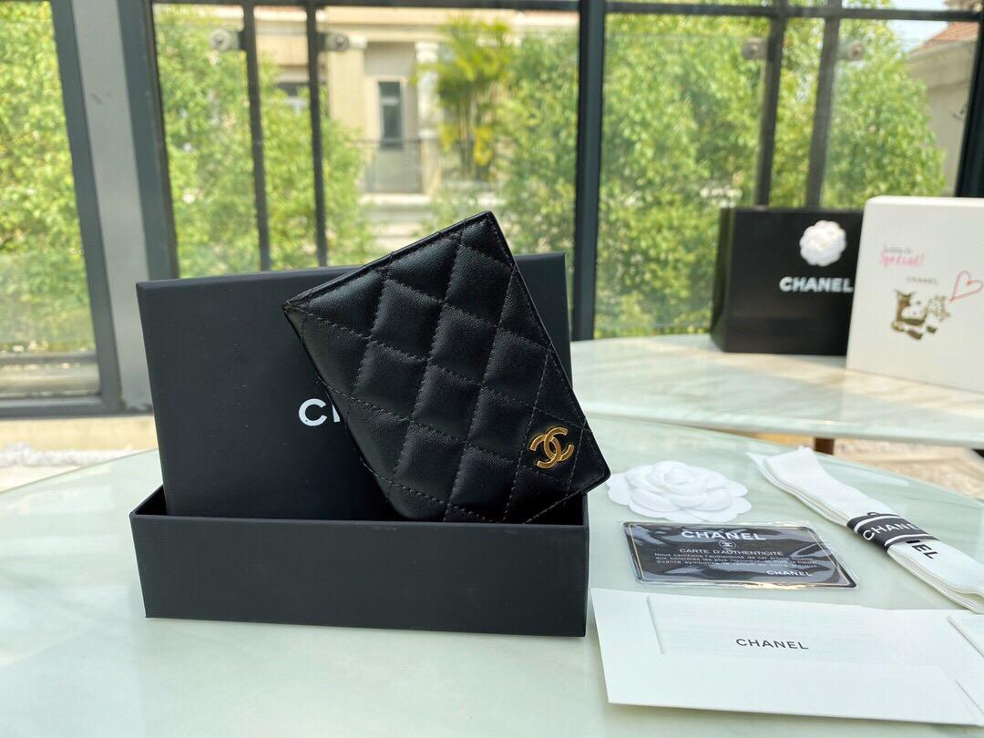 香港香奈兒包包網站 小卡包 相冊框夾 卡套 價格及圖片