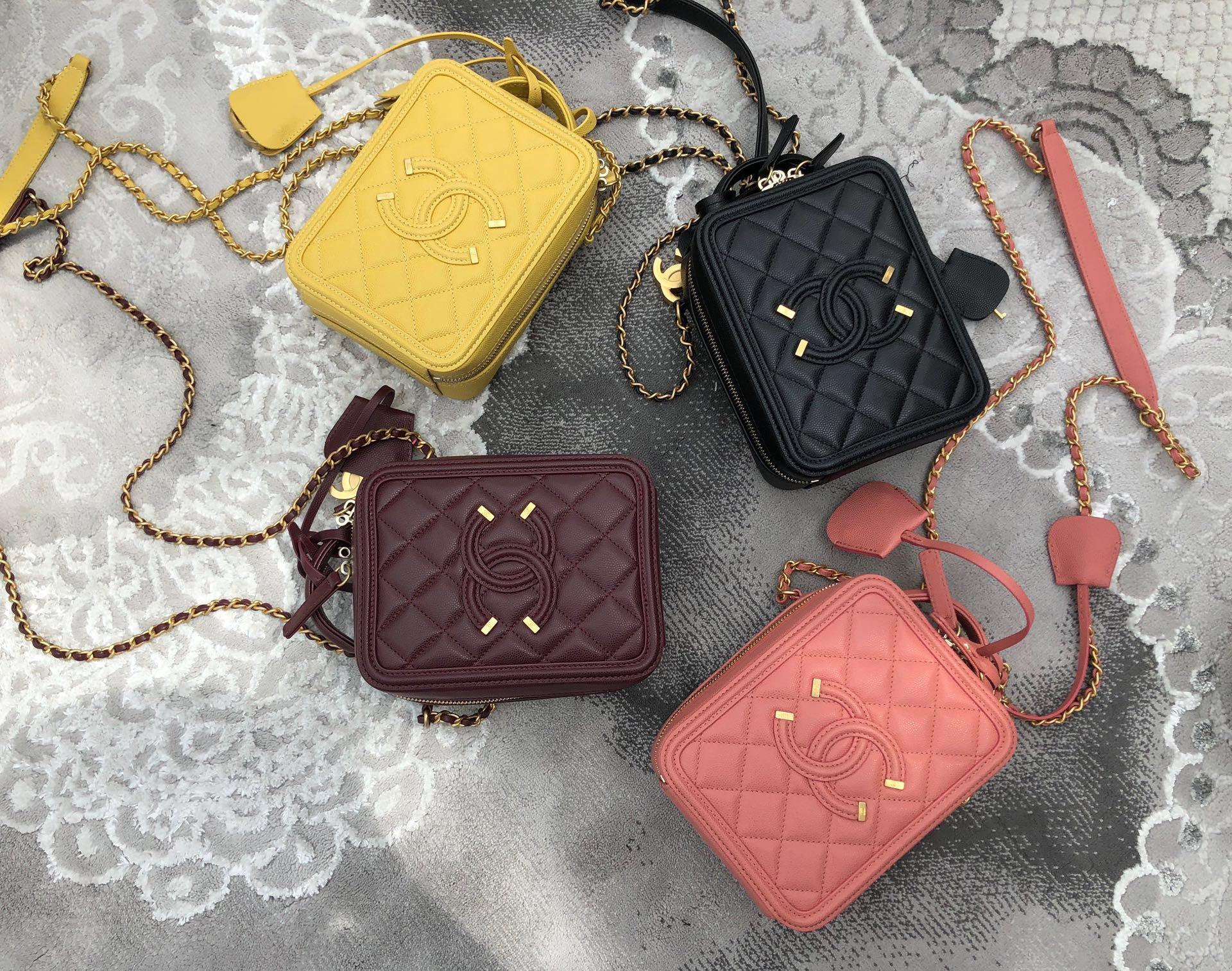 最新款式香奈兒 化妝包 手機包 香奈兒化妝包官網價格