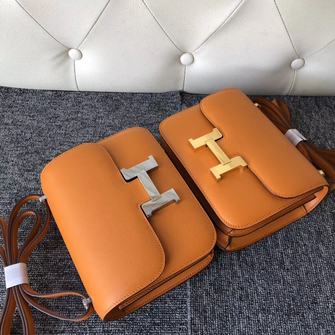 Hong Kong Hermes Constance 19cm everycolor I9杏黃色 Abricot 金扣 銀扣