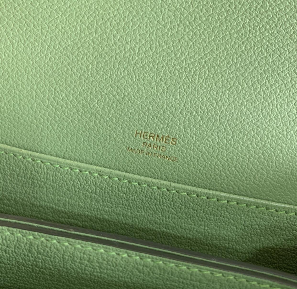 愛馬仕蟋蟀綠 豬鼻子包 Hermes Roulis 19cm 3I牛油果綠 Vert Criquet 蟋蟀綠