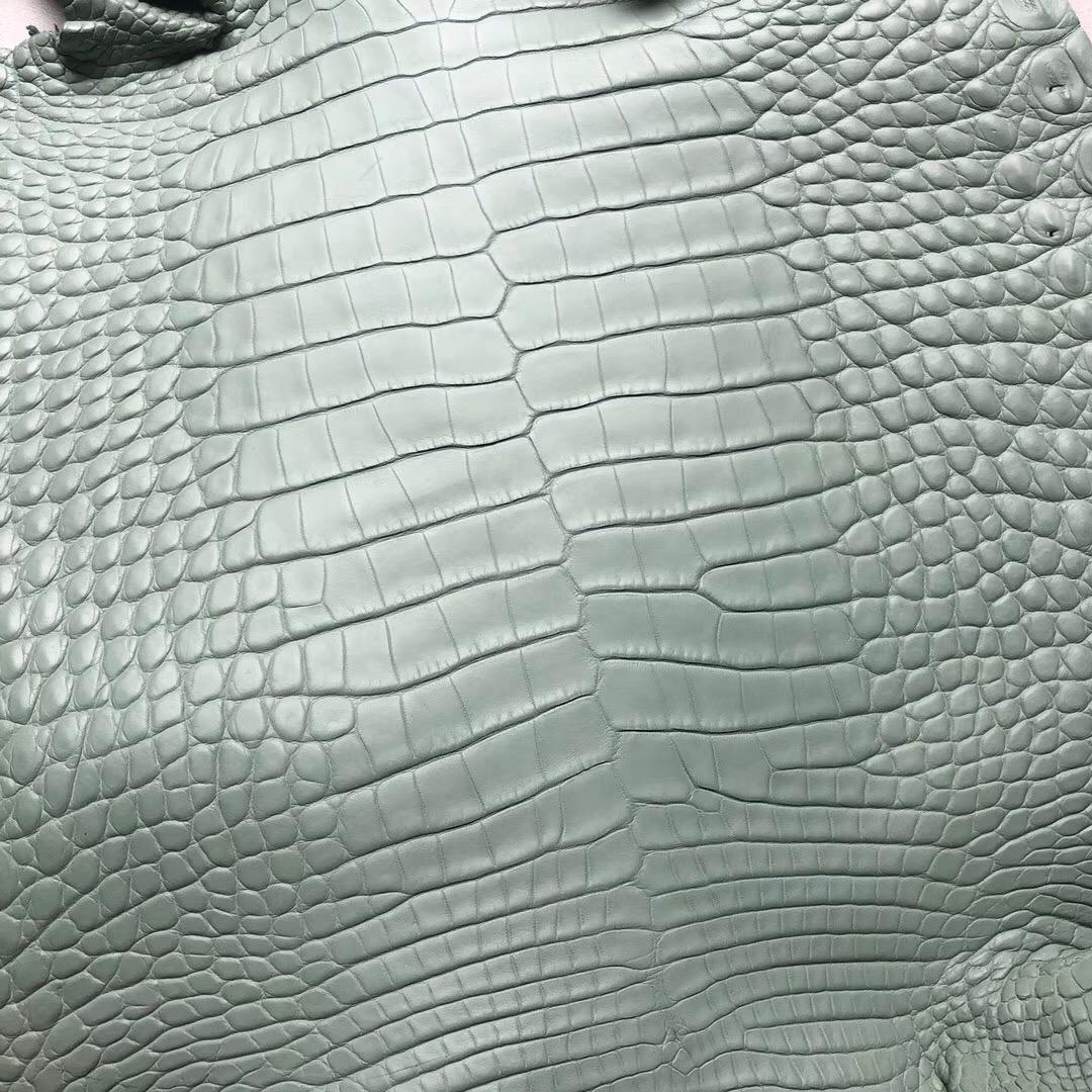 香港沙田區愛馬仕柏金包 Hermes 美洲鱷 Birkin25 6u vert d'eau 新薄荷綠