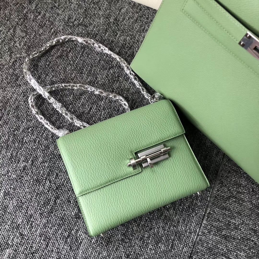 Macao Hermes Verrou mini 3I牛油果綠 Vert Criquet 蟋蟀綠