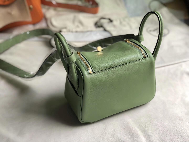香港灣仔區愛馬仕 Hermes mini lindy swift 19cm 3i vert criquet 蟋蟀綠