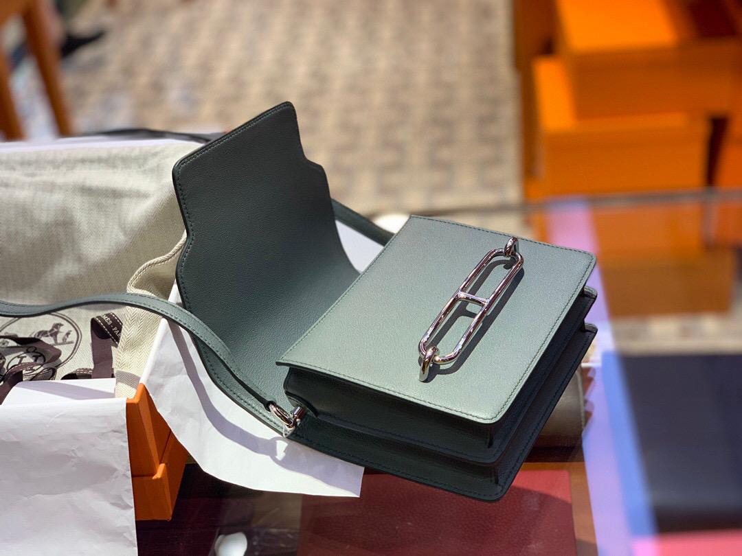 Hermes Roulis mini Evercolor 63 Vert Amande 杏綠色 全手工蜜蠟線縫製