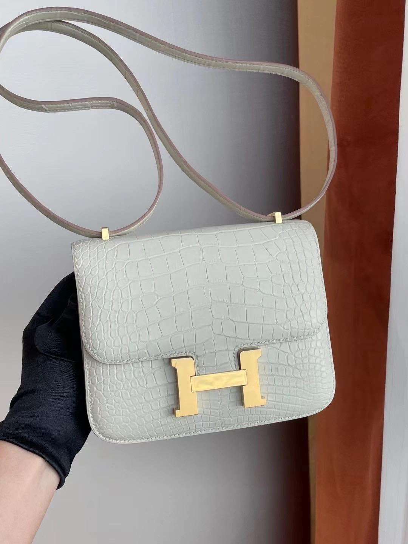 愛馬仕康康19售價 Hermes Constance 19cm 8L Beton 奶油白 霧面美洲鱷魚