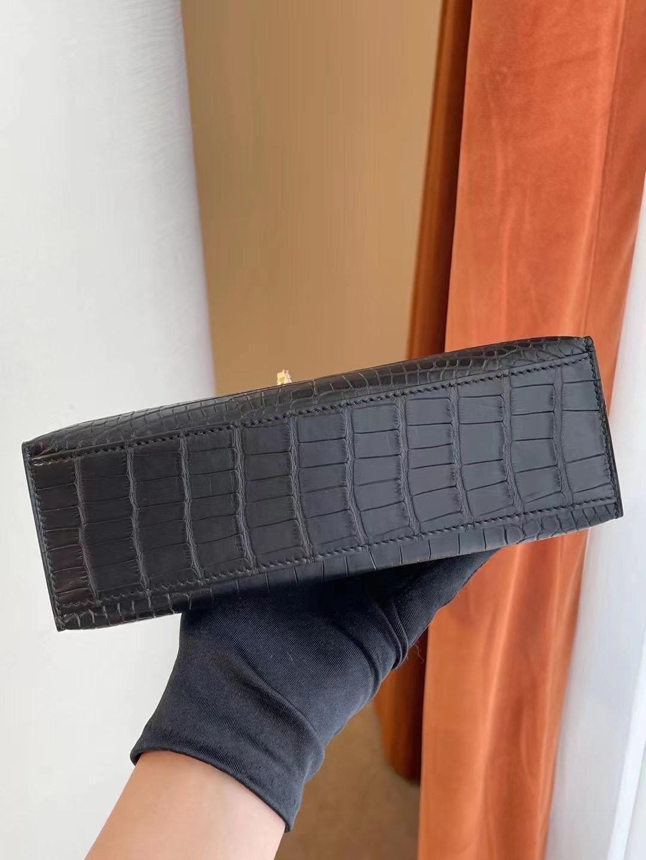 臺灣桃園市大溪區 Hermes Mini kelly pochette CK89 Noir 黑色 霧面方塊 美洲鱷魚