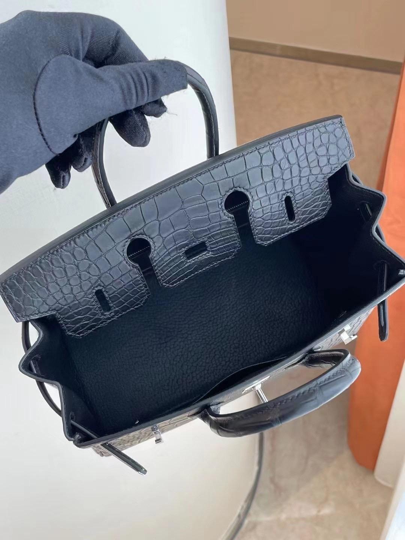 臺灣新竹市愛馬仕鉑金包 Hermes Birkin 25cm CK89 Noir 黑色 霧面方塊 美洲鱷魚銀扣