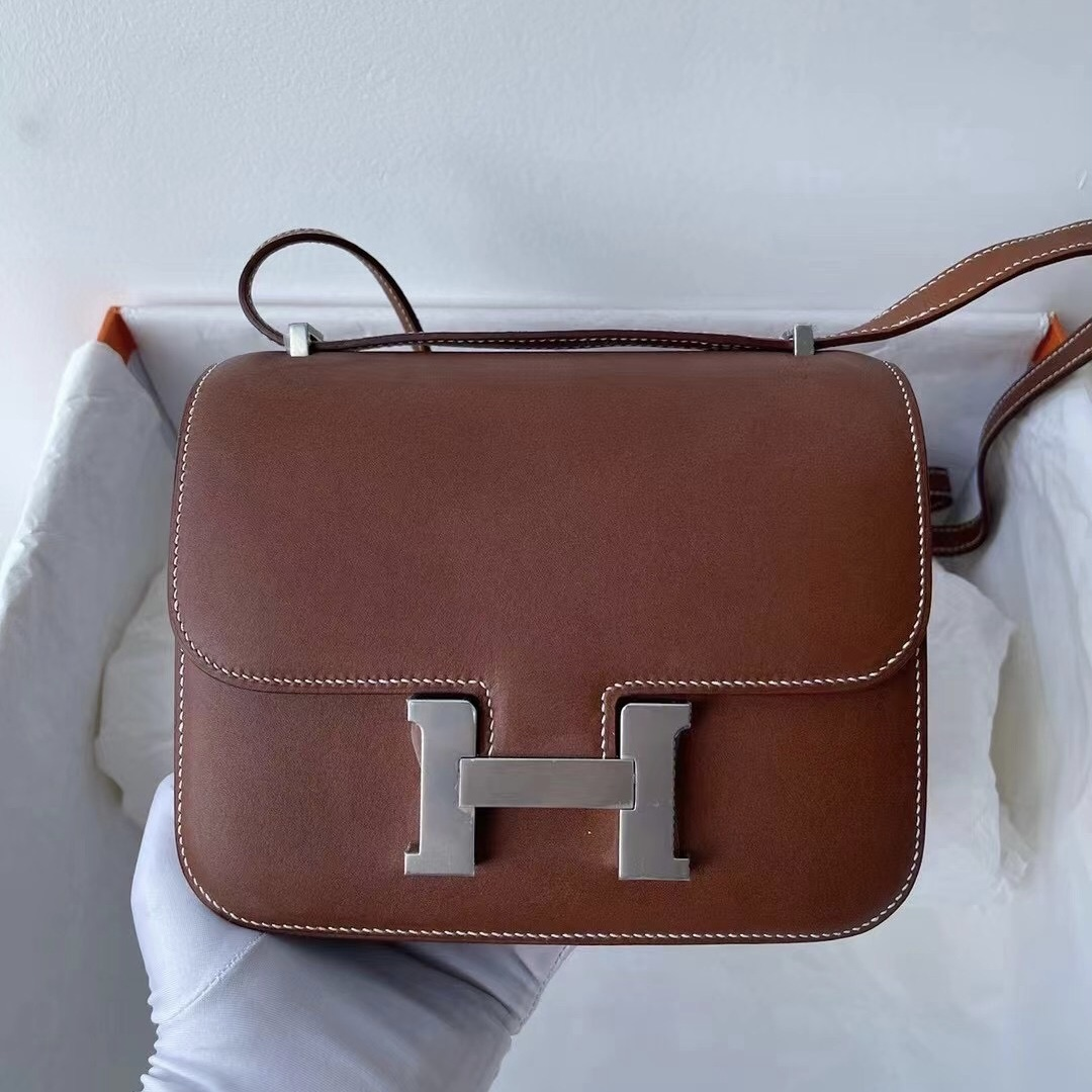 Hermes Constance 19 Swift Z6 孔雀綠 Malachite 01 Pure white 純白色