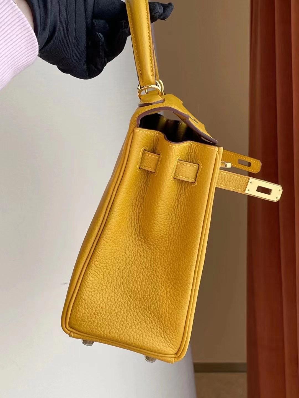 愛馬仕凱莉包25專櫃多少錢 Hermes Kelly 25 Togo 9D Amber 琥珀黃 金扣