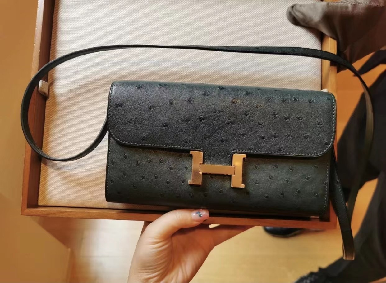 Taiwan Hermes Constance long wallet to go Ostrich 鴕鳥皮 1T Vert Titlen