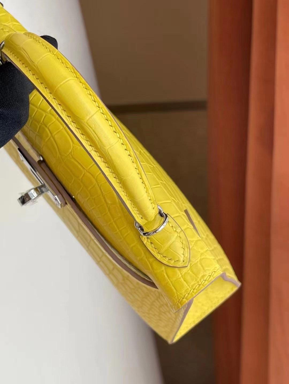 Hermes Kelly Mini II 2代 9R Lime 檸檬黃 霧面方塊 美洲鱷魚銀扣