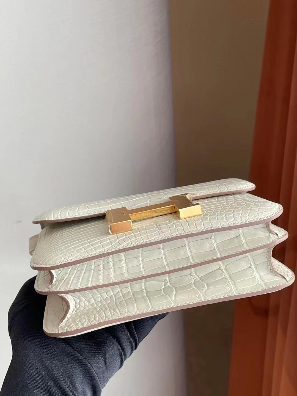 愛馬仕包包價格多少錢 Hermes Constance Mini 19 i2 nata 奶油白 霧面美洲鱷魚
