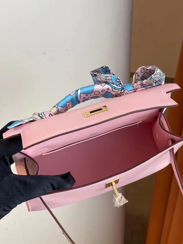 香港南區赤柱 愛馬仕包包 Hermes MiniKelly Pochette Swift 3Q Rose Sakura 金扣