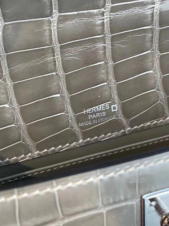愛馬仕凱莉包一代價格 Hermes MiniKelly Pochette 81 Gris Tourterelle 美洲鱷魚