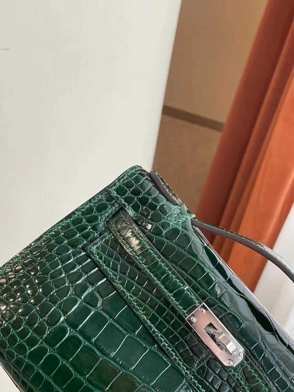 香港香港島中西區西环 Hermes MiniKelly Pochette 67 Vert Fonce 祖母綠美洲鱷魚