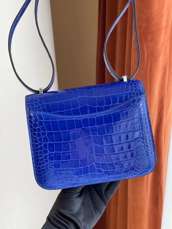 Kingdom of Saudi Arabia Hermes Constance Mini crocodile 7T Bleu Électrique 電光藍