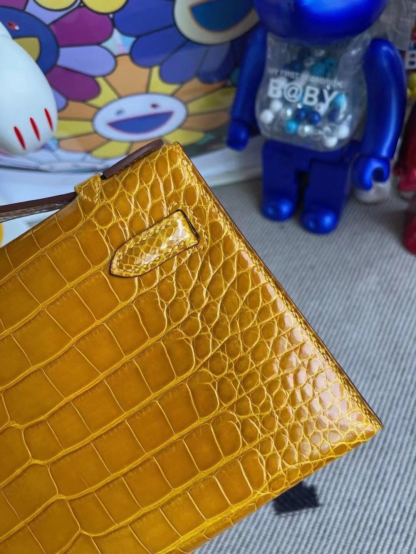 Kuwait Hermes MiniKelly Pochette 亮面美洲鱷 9D Jaune Amber 琥珀黃 金扣