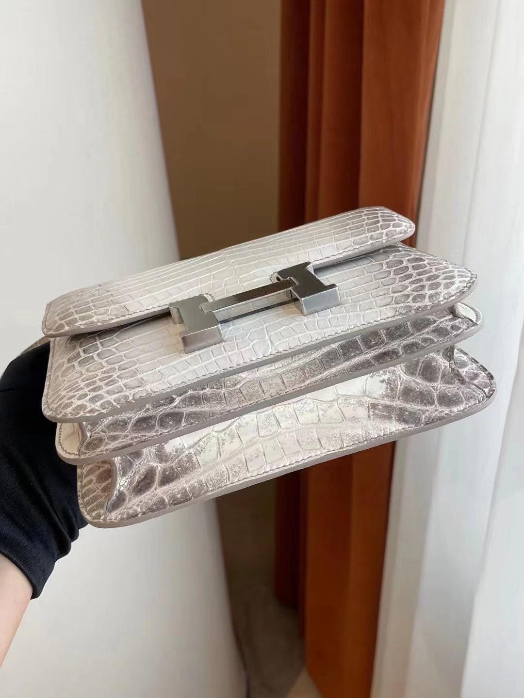 愛馬仕喜馬拉雅康康價格 Hermes Constance 19 Hardware Crocodile CK01 BLANC