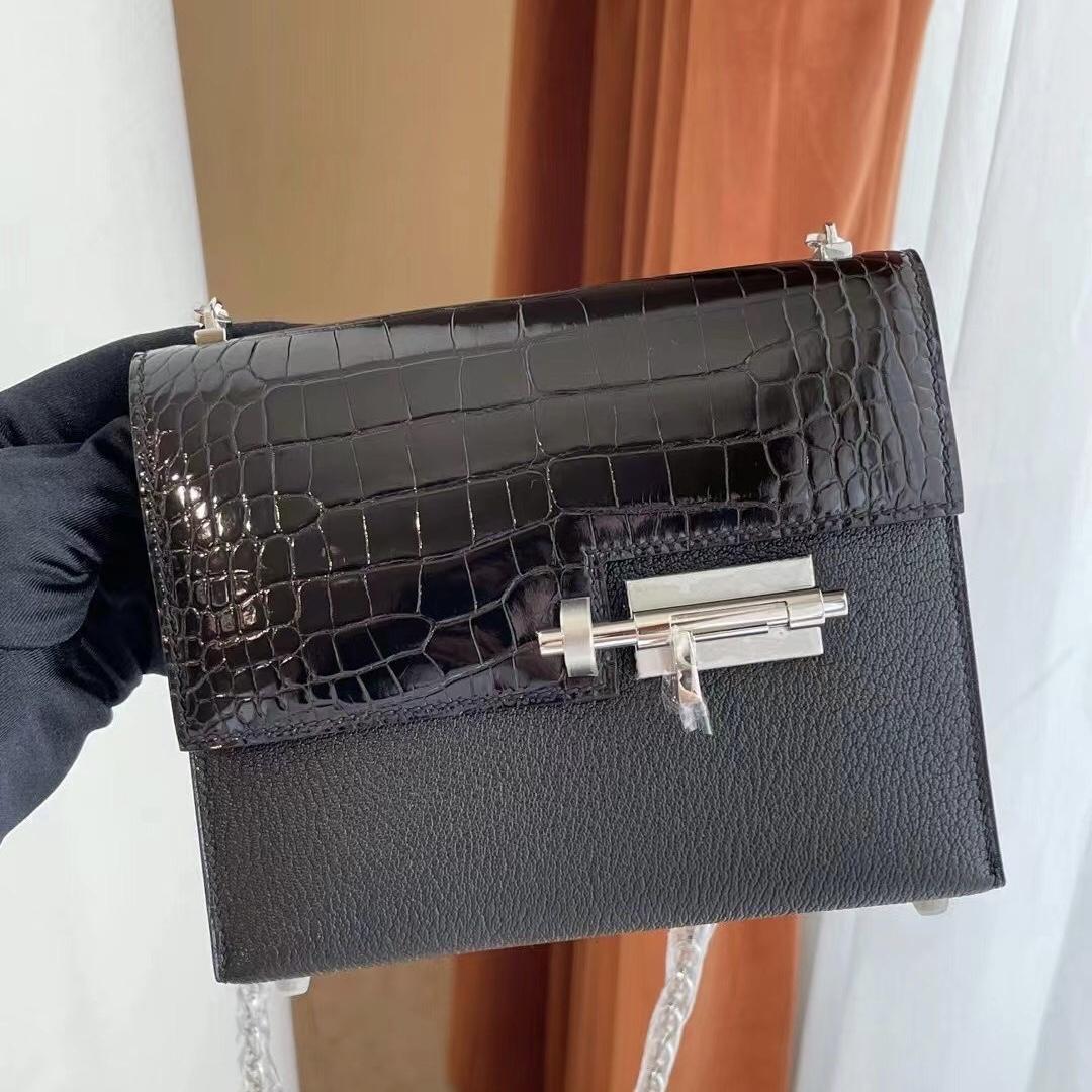 Saudi Arabia Dammam Hermes Verrou Mini Crocodile拼Chevre 89 Noir PHW