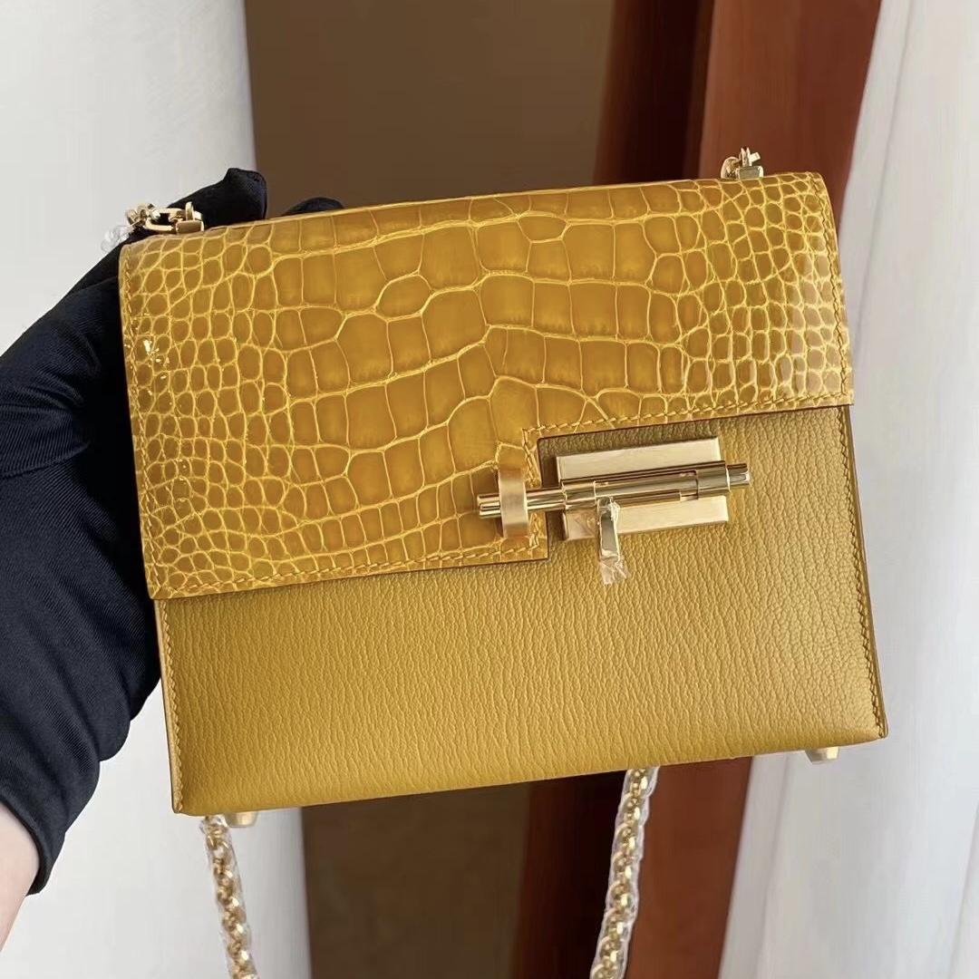 Saudi Arabia Riyadh Hermes Verrou Mini Touch Crocodile Chevre 9D Amber 琥珀黃